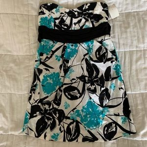 NWT Floral Strapless Dress